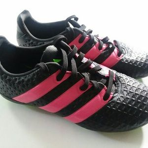 Adidas Youth Size 12 Soccer Cleats Black Pink